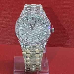 TECHNOPAVE Accessories - Brand New with Box Men's White Gold Plated Watch